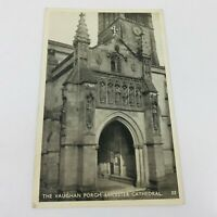 VINTAGE BLACK & WHITE POSTCARD THE VAUGHAN PORCH LEICESTER CATHEDRAL