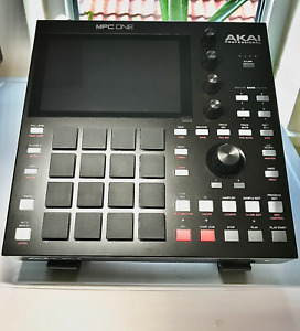 Akai MPC ONE Stand