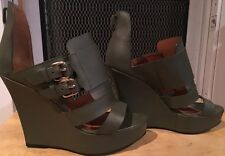 Givenchy Military Green Leather Wedge Sandals in Gold 38.5 8.5