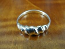 Silver 925 Ring Size 8 Band with Twist graduated Look Sterling