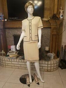 St John Knits Collection Cream Beige Jacket Skirt SZ 8/6 2pc Suit Buttons Trims