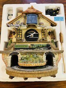 Boxed Bradford Exchange Memories of Steam 'Flying Scotsman' Train Cuckoo Clock