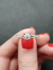 18K White Gold Split Shank Round Brilliant Illusion Halo Diamond Ring