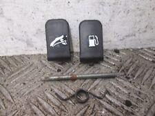 PIAGGIO X9 125 CC 2003 PETROL CAP LATCH LEVER SEAT LATCH LEVER    (BOX)
