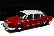 Tatra 603-1 - ROSSO-BIANCO - 1:43 DeAgostini RIVISTA SERIE