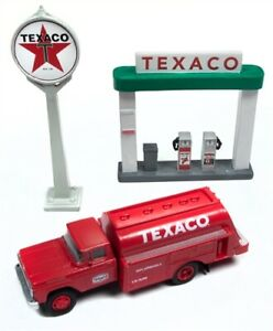 Classic Metal Works - 1960 Ford Tank Truck - Texaco + Station Sign 1:87 HO - NEW
