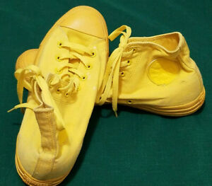 Converse CTAS Hi Yellow Men's 10.5 Sneakers 152700c Chuck Taylor