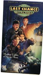 THE LAST CHANCE DETECTIVE Mystery Lights of Navajo Mesa VHS Video B