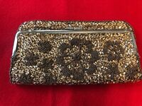 """unbranded gold hand beaded and sequins 8"""" X 4.5"""" clasp closure purse"""