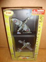 The Ultimate Soldier 1:144 Diecast Spitfire Mk VIII/IX vs. Focke-Wulf Fw-190A-8