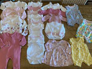 GIRL NEWBORN CLOTHES BUNDLE (1)