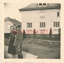 2 x Foto, 44. Inft Div., Liebespaare in Dassel, Urlaub, 1940 (N)1712