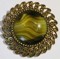 broche bijou vintage signé JEANNE pierre finement gravé couleur or *5183