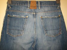 74 ) MENS  JEFF BANKS BOOTCUT DISTRESSED LOOK  JEANS  ZIP FLY   W 30 LEG 32