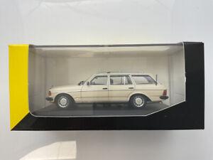 🔴 Minichamps 1:43 Mercedes  280 SE TAXI  RARE Mercedes Museum code 6080006806
