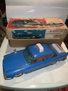 Fiat 2300s Autoscuola Ichiko made i Japan Vintage Tin Toy Latta Battery Ingap