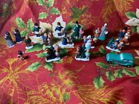 """16 Vintage ?Year? Byron Molds """"BH"""" Winter Snowy Christmas Village Figures"""