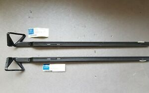 Mercedes-Benz C126 SEC coupe seat belt guide frame A0008600322 A0008600222 RH LH