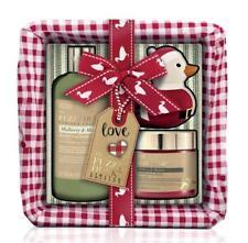 Bayliss & Harding Small Wicker Basket Gift Set