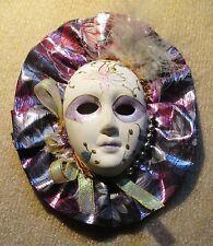 Deko-Masken aus Keramik