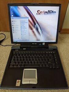 Toshiba Satellite A10-S169 Laptop WORKS