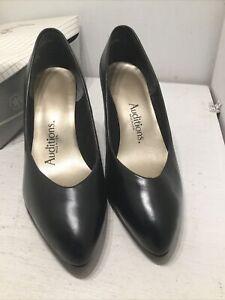 NIB Auditions Black Leather High Heel Classic Pumps Shoes Business Sz 8W Sharon