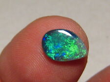 1.20 ct    black  opal , Lightning ridge    #  1011