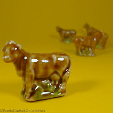 Wade Whimsies (1967/84) Series 2 Issues (Set #6 1975/84) Farmyard #27 Cow