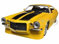 1971 CHEVROLET CAMARO SS YELLOW 1/24 DIECAST CAR MODEL BY JADA 90532