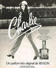 PUBLICITE ADVERTISING 015  1975   REVLON   un grand parfum femme CHARLIE