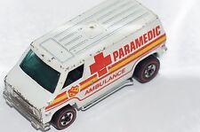 ORIGINAL Hot Wheels Redline - Paramedic Ambulance - Flying Colors - White Van