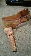 Tooled leather peacemaker belt