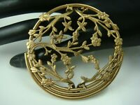 Vintage Art Deco Brass Round Cherry Blossom Flower Open Lacy Pin Brooch