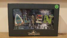 Rare Disneyland Hong Kong Alien Boxed 5 Pin Trading Set Halloween 2009 Glow Dark