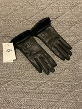 UGG Gloves . New With Labels . Black . Leather  . Fur Cuff . Ladies Large