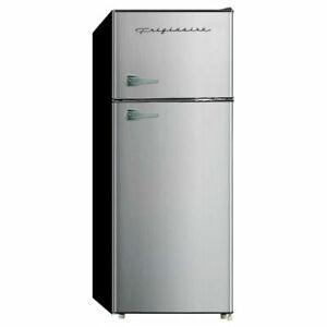 Frigidaire EFR751 7.5 cu ft Top Freezer Refrigerator – Platinum