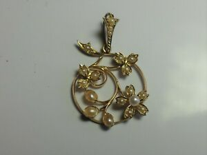 ANTIQUE 15CT GOLD SEED PEARL FLORAL PENDANT