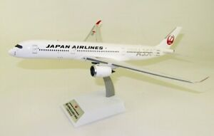 INFLIGHT 200 B350JA02 1/200 JAPAN AIRLINES JAL A350-900 JA02XJ SILVER WITH STAND