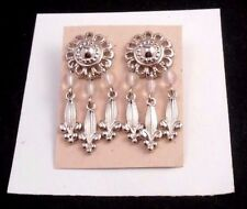 LOVELY AVON OASIS PIERCED EARRINGS IN SILVERTONE FROSTED BEADS NOS W/OUT BOX