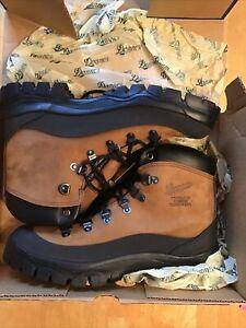 Danner Combat Hiker Boots  Size 10 Mens NIB