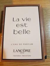 LANCOME La Vie Est Belle L ' Eau De Parfum Natural Spray 1.2ml
