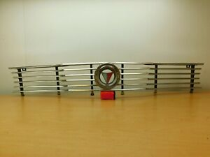 FRONT GRILL AND EMBLEM 1964 PLYMOUTH VALIANT / CANADIAN SIGNET 65PS1-1P2