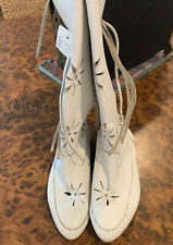 Vintage White Leather Boots 5.5