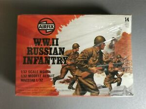 Petits soldats W.W. II RUSSIAN INFANTRY 14 pieces - 1/32 AIRFIX 1981 NEUF