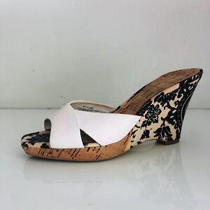 ANNE KLEIN WEDGES. PEEP TOE,  FLORAL  PRINT SLIP ON SHOES 8M EC Sandals