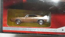 Johnny Lightning 1969 DODGE CHARGER DAYTONA Gold '69 + MODEL Car
