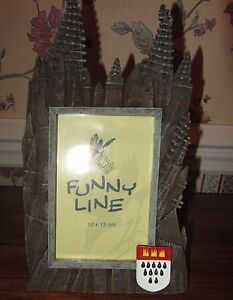 UNUSUAL EUROPEAN CASTLE STYLE PICTURE FROM FROM FUNNY LINE; NIB