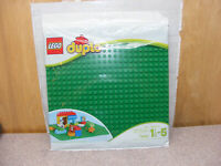 """New LEGO Green Duplo Baseplate  Building 15"""" By 15"""" Town City"""