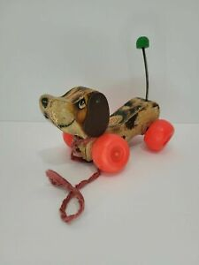 VINTAGE 1960s FISHER PRICE WOOD PULL TOY LITTLE SNOOPY DOG