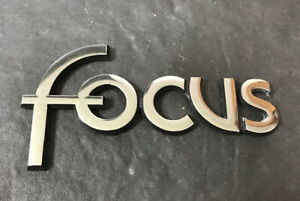 FORD FOCUS BADGE (early) ((Y1a))